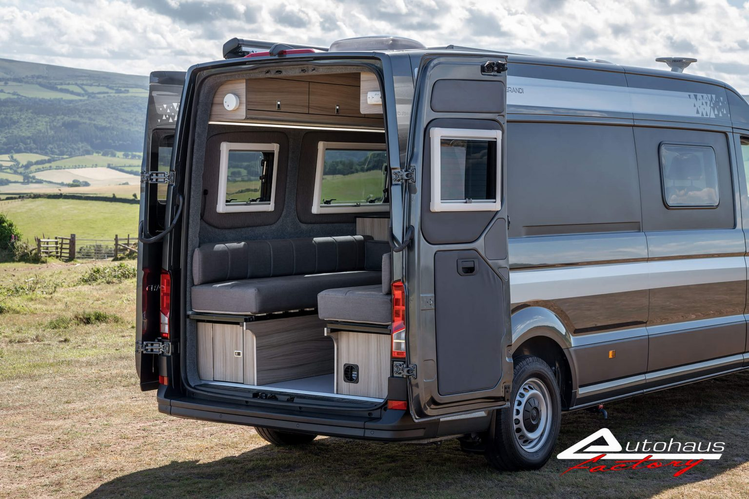 Grey Crafter VW20PNG 5